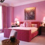 дизайн спальни в розовом цвете