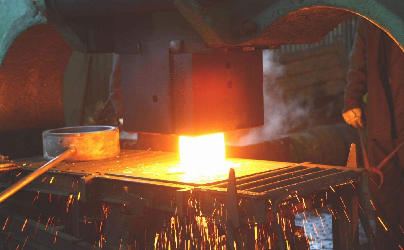 Обработка металлов давлением. Горячее и холодное прессование